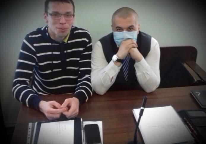 Нонсенс: при Зеленском журналиста судят за критику Порошенко